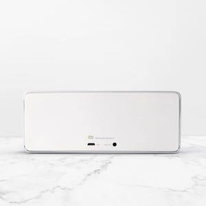 經典LOGO(背景)-小米藍芽音箱