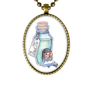 Drink me ( alice) Necklace