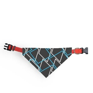 Geometric AE33 Triangle Pet Head Scarf (Large)