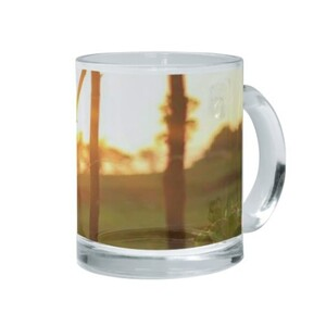 漂亮日落照玻璃杯